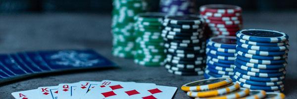 Alhaisimmilla talon eduilla olevat kasinopelit Baccarat - Alhaisimmilla talon eduilla olevat kasinopelit